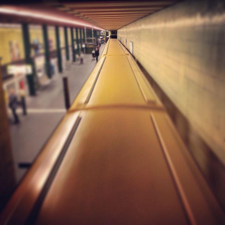 U6 Richtung Alt-Mariendorf  #myknips #berlin #tempelhof #ubahn #u6 #metro
