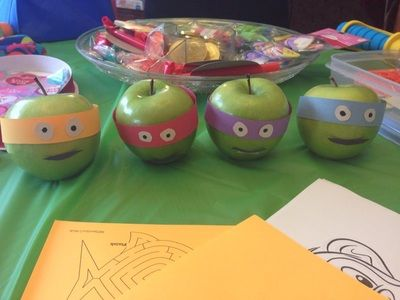 Granny Smith apple birthday crafts, Very Awesome Ninja Turtle #TMNT 6th Birthday Party - Amy B Hollingsworth