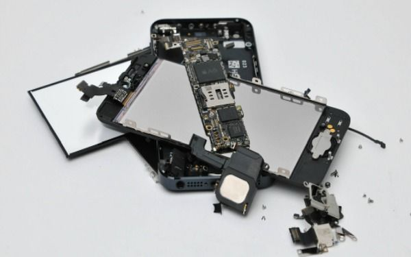 specifically for setting up all iPhones like iPhone 4g, iPhone 4s, iPhone 5, iPhone 5s and iPhone 5c.  http://wirelesswarehouse.ca/iphone-repairs