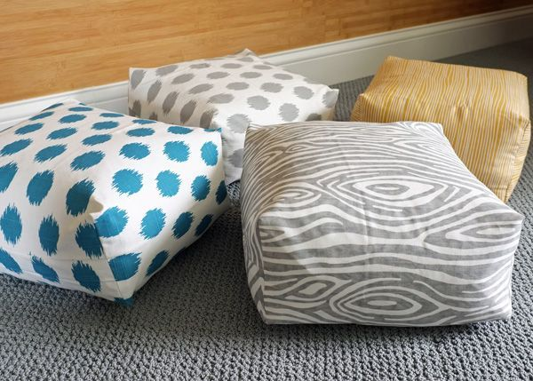 DIY Boxy Floor Cushion Tutorial {VIDEO}  FABULOUS and sooooo do-able!!Large Ikea pillows required.