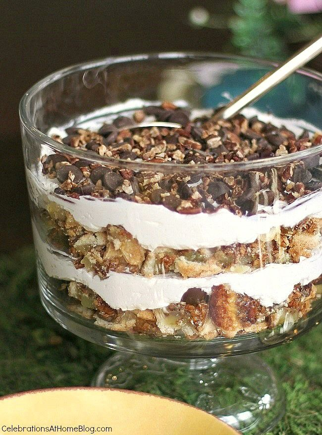This pecan pie trifle is such an easy and delicious dessert for holidays or entertaining any time