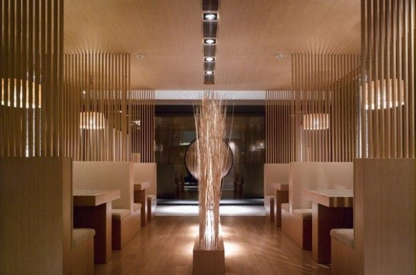 http://www.besthomy.info/wp-content/uploads/2011/10/Japanese-Restaurant-Interior-Design-Accessories-600x396.jpg