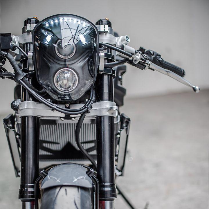 Yamaha XSR700 Cafe Racer by Ironwood Custom Motorcycles. En colaboración con la marca de relojes TW Steel, nace esta moderna Cafe Racer. ENTRA