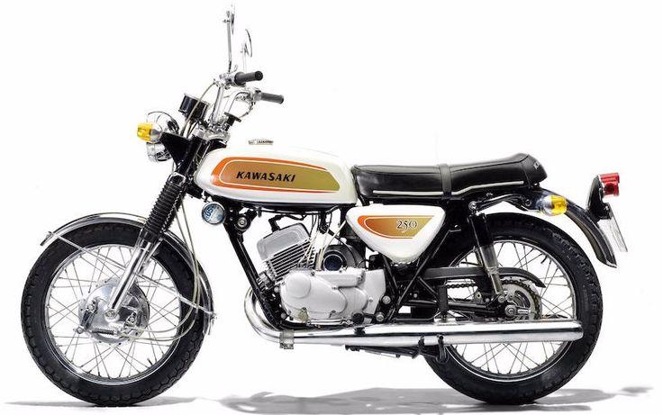 1971 KAWASAKI 250CC A1 SAMURAI