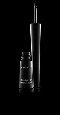 MAC Liquid Eye Liner; Vloeibare eyeliner met een unieke applicator. Liquid Eye Liner is het perfecte product om je ogen te omlijnen en te definiëren. Gebruik hem om te accentueren of om krachtige lijnen te maken. Ook ideaal om grafische kunstwerkjes op het gezicht en het lichaam te tekenen. De stevige, kegelvormige applicatortip is gemakkelijk te gebruiken en laat je toe om heel precies te werken. Liquid Eye Liner is langhoudend, maakt geen vlekken en kan gemakkelijk verwijderd worden.