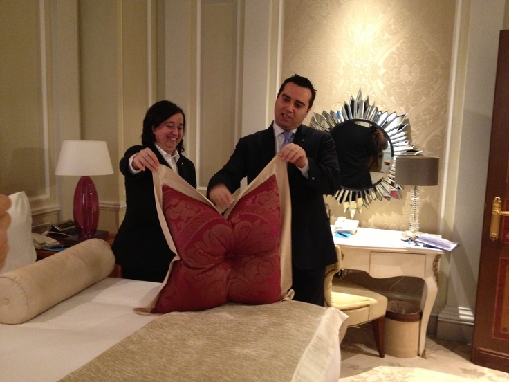 Lucia and Francesco from the housekeeping team reveal how to make perfect bunny-ears on your pillow...