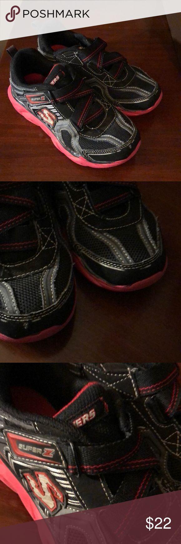 Sketchers sneakers GUC sketchers Shoes Sneakers