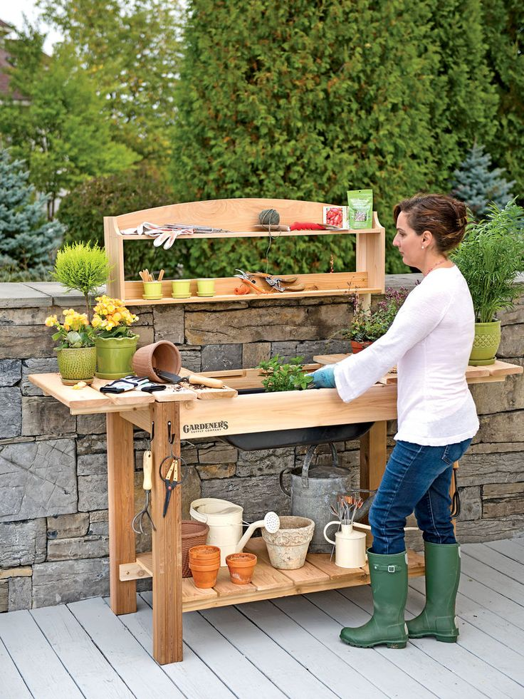 Best 25 potting tables ideas on pinterest potting benches garden table and garden work benches Outdoor potting bench
