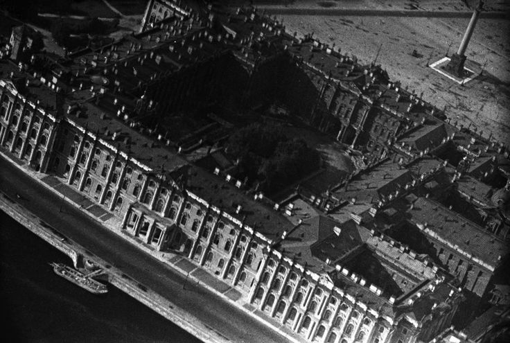 """The Winter Palace, 1931. Residence of several generations of Russian tsars, the work of architect Francesco Bartolomeo Rastrelli. From a series of photos of Leningrad from the air, taken for the magazine """"USSR in Construction"""". Russia"""