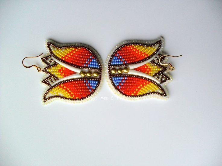 2Lips earrings, Mea B'fly (Diné, Hopi)   eff yeah indigenous fashion!
