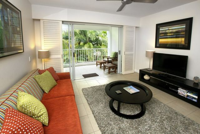 Photos of Beach Club Serenity Penthouse, Palm Cove - Privately Managed #palmcoveaccommodation http://www.fnqapartments.com/accom-beach-club-serenity-penthouse-privately-managed/ $310 p/n