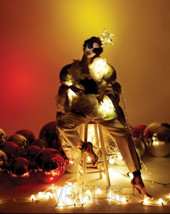"""Merry Fairy Christmas"": Kyung Ah, Song & Stefani Lee by Young Hee Seo for Vogue Korea December 2012"