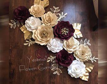 Rosa flores de papel oro