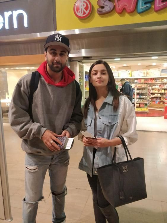 #LuqzoneMedia Ranbir Kapoor and Alia Bhatt will be seen in Ayan Mukerji's Brahmastra and had gone to Tel Aviv, Israel to begin prep on the same. But, it looks like the co-stars are spending quality time