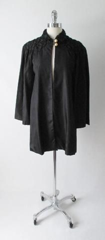 30's 20's Quilted Black Taffeta & Pearl Deco Evening Box Bed Jacket Robe S / M