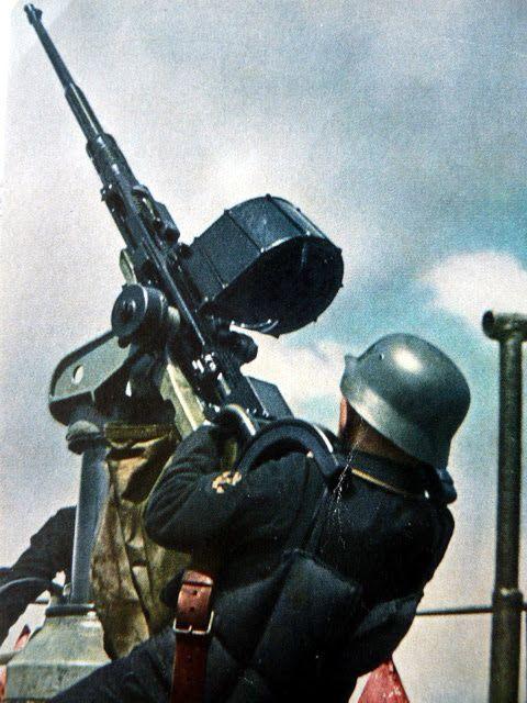 """historywars: """" Kriegsmarine Gunner Operating 2.0 cm Flak 29 Oerlikon """""""
