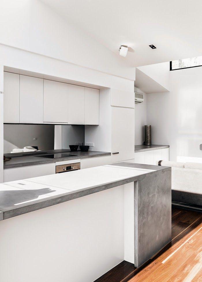 STIL INSPIRATION: Modern white kitchen