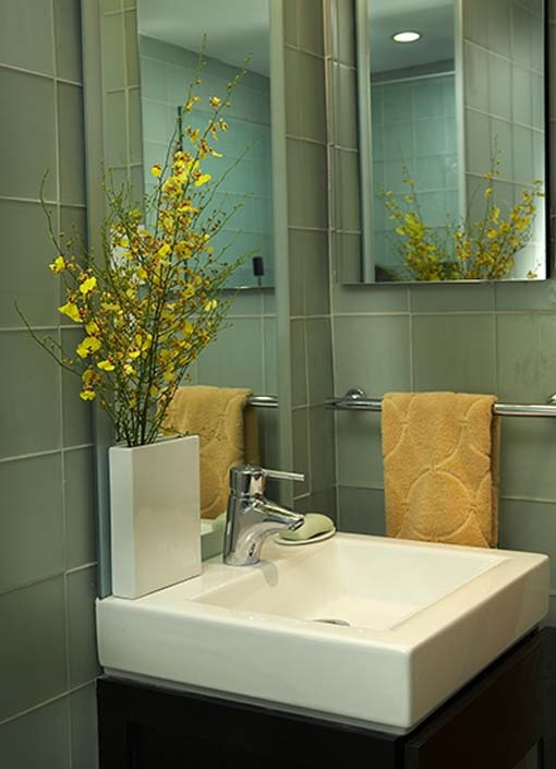 Find This Pin And More On Lemon Bathroom Idea By Kelbert2020