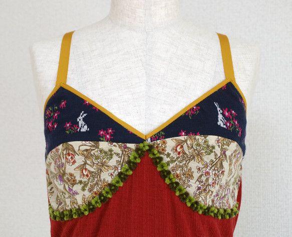 羽織りものによって印象が変わるので長いシーズンご着用いただけるニットワンピースですどの角度から見ても綺麗に見えるようシルエットにこだわり制作致しました。ニット...|ハンドメイド、手作り、手仕事品の通販・販売・購入ならCreema。