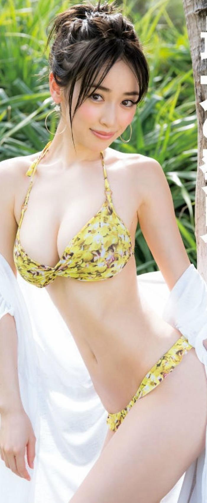 泉里香の身長と体重&スタイル維持ダイエット法?水着グラビアで人気 ... 1700x700