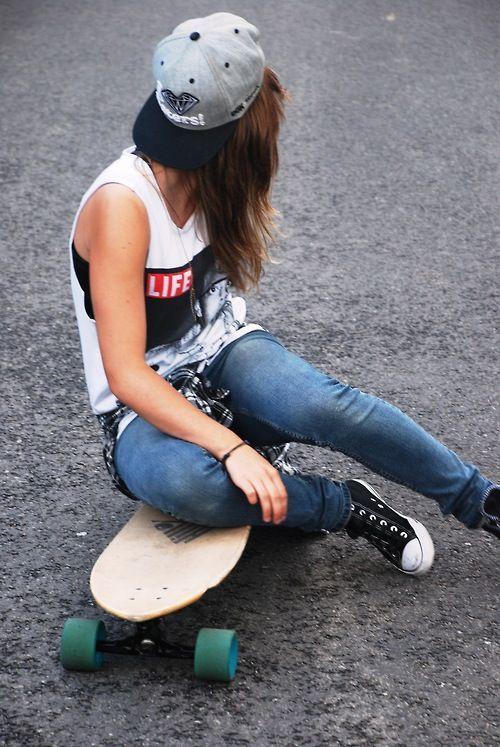 Hot lesbian skater girl
