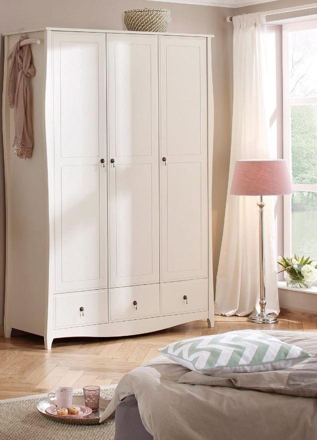 ber ideen zu kleiderschrank landhausstil auf. Black Bedroom Furniture Sets. Home Design Ideas