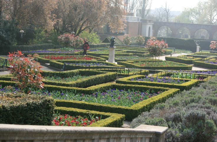Parterre in Holland Park.
