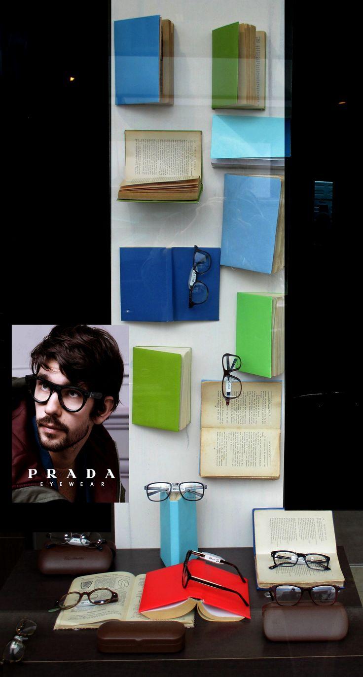 romans. vitrine opticien ateliertotem.jimdo.com