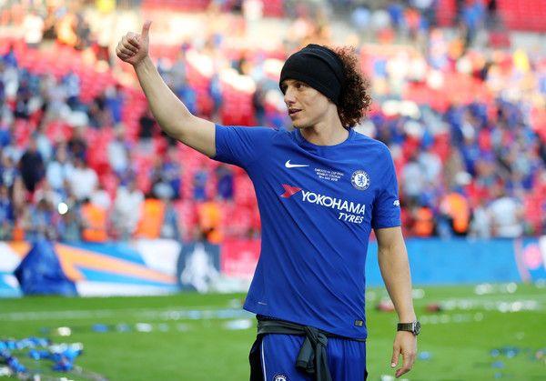 David Luiz Photos Photos Chelsea Vs Manchester United The Emirates Fa Cup Final David Luiz Fa Cup Manchester United Stadium