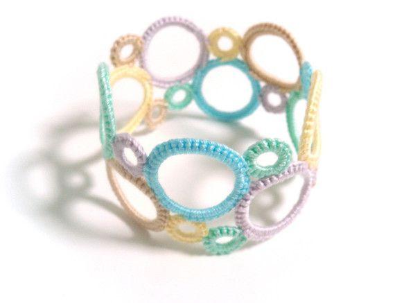 crochet bangle bracelet                                                                                                                                                                                 もっと見る