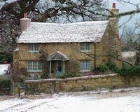 """This is the cottage they used in the film holiday,its in a pretty village called """"Shere"""" in Surrey. Which is where I'm moving."""