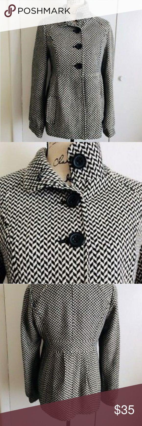 Jack BB Dakota Herringbone Jacket Black and white herringbone  2 Pockets  Cuffed sleeves Size xs Jack by BB Dakota Jackets & Coats