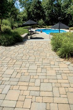 CST Pavers   Vienna Classic Series In Hickory Blend   This Is Closer To  What The
