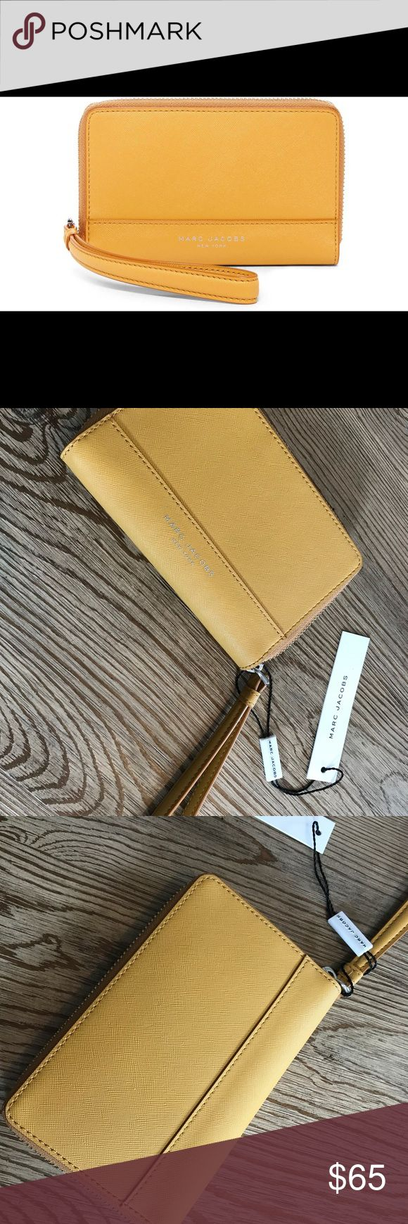 🎉TH SALE🎉NWT MARC JACOBS wallet in Bright Gold new with tags Marc Jacobs Saffiano wallet in bright gold Marc Jacobs Bags Wallets