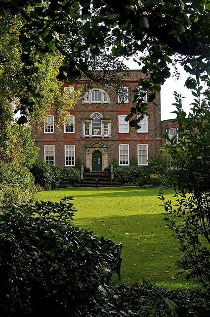 Secret Garden: 2121 Best Home, House, Manor, Chateau, Palais, Castle