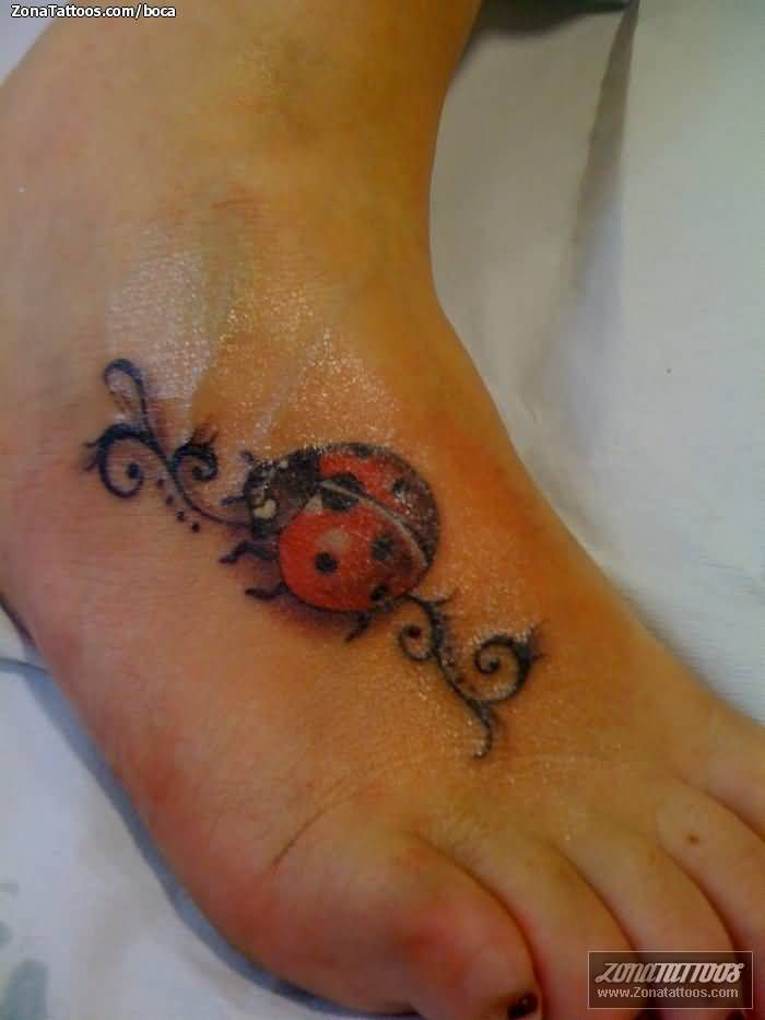 ladybug tattoo with initials google search tattoo pinterest ladybug tattoos ladybug and. Black Bedroom Furniture Sets. Home Design Ideas