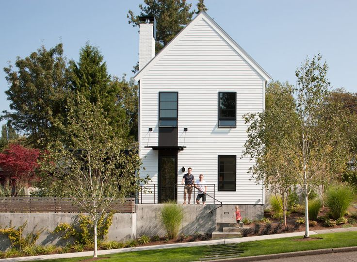 Designed by SkB Architects for a growing Seattle family, The ToDD Residence was built on a corner lot with limited space available and a tight budget.