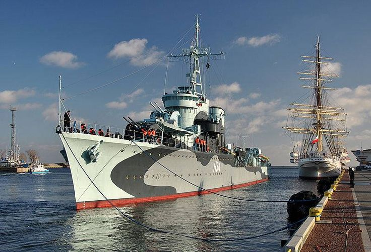 ORP Błyskawica (H34) is a Grom-class destroyer in the Polish Navy during World War II and is the only ship of the Polish Navy, awarded the Virtuti Militari medal.