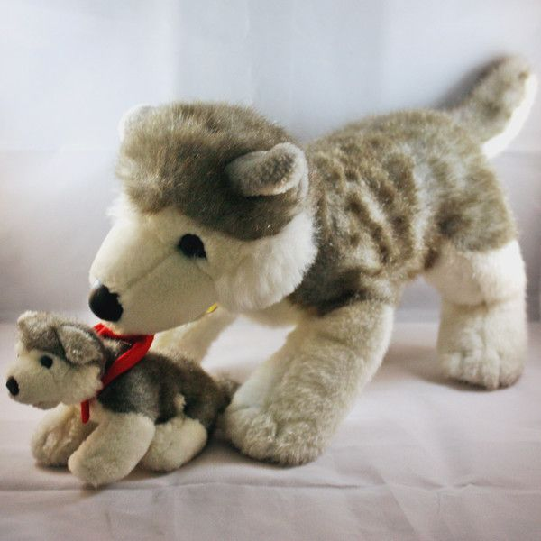 Best Wolfy Images On Pinterest Game Of Thrones Amigurumi And - Dog obsessed with stuffed santa toy gets to meet her idol in real life