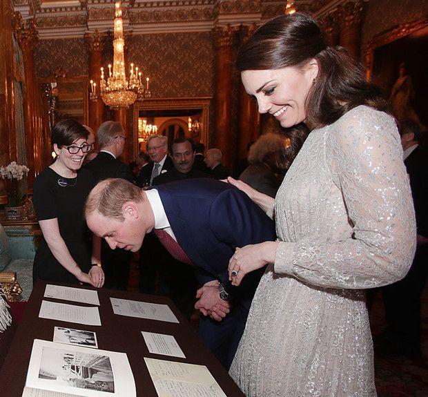 Kitör a botrány? Hogy tehette ezt Katalin hercegné a férjével? - Utcaemberek