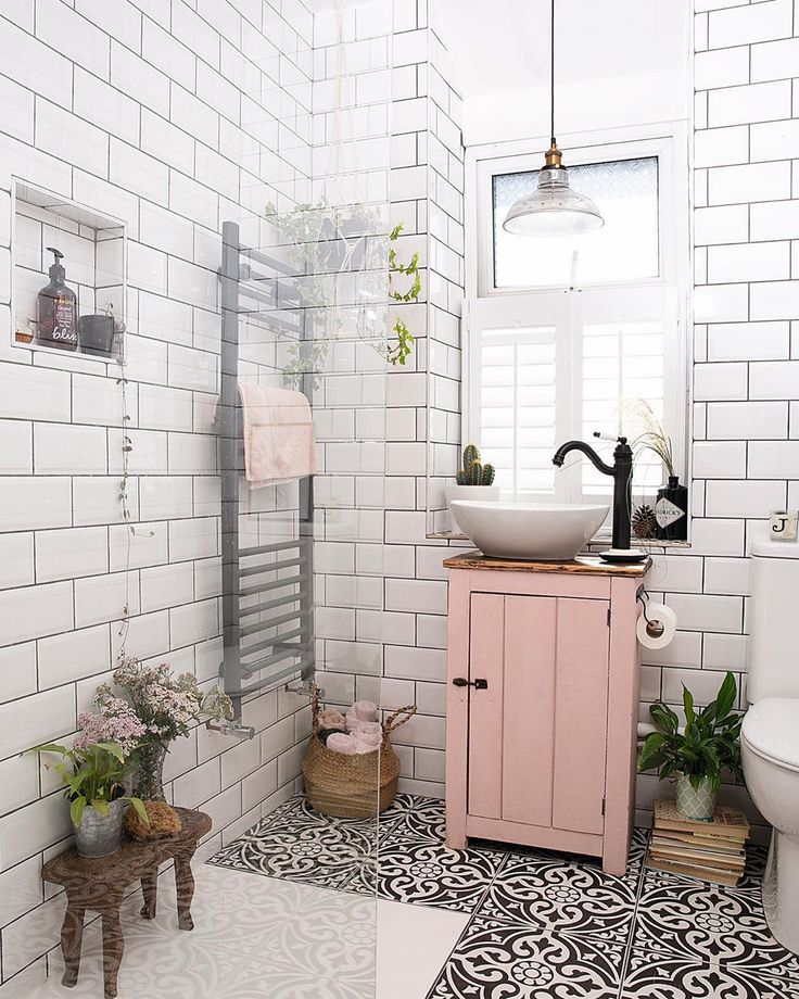 Real Homes On Instagram Not Sure Whether It S All The Love In The Air But We Ve Come Over All Rosy Pink Room Design Bathroom Interior Design Bathroom Decor