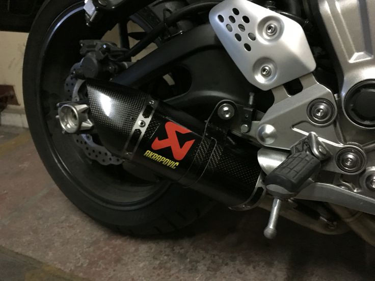 My new Racing Line Carbon Akrapovic