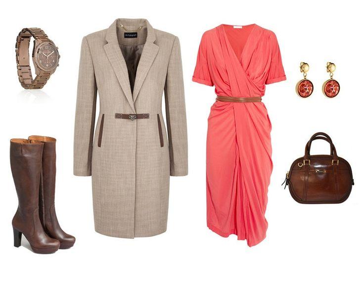 Řasené šaty, Donna Karan; kabát s koženými detaily, Marks&Spencer; hodinky, Michael Kors; hnědé kozačky, Pietro Filipi; náušnice, Louis Vuitton; kabelka Orchard, Burberry