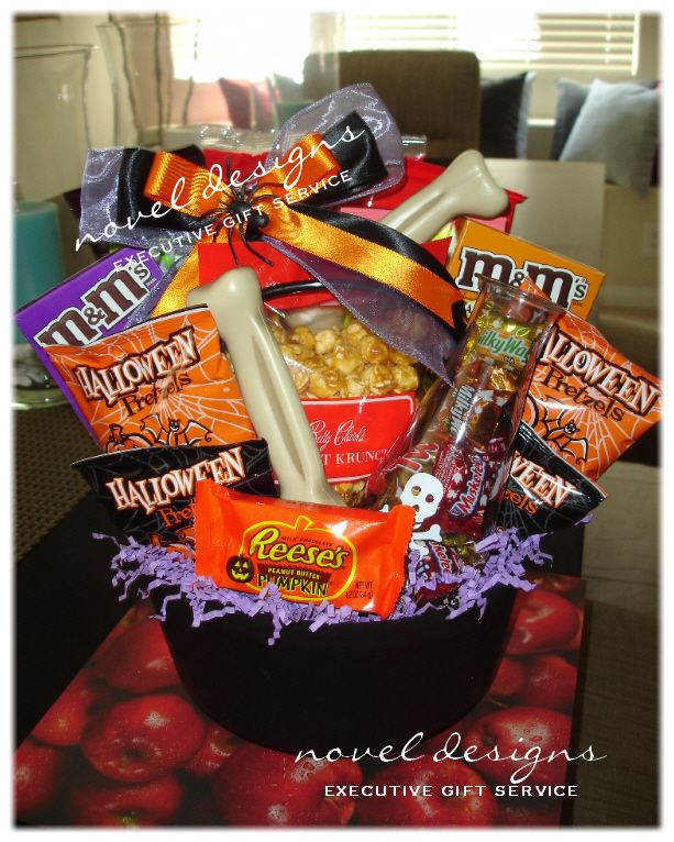 Bridal Shower Gift Basket Climbing On House Halloween: 15 Best Images About Halloween Gift Baskets, Gifts & Decor