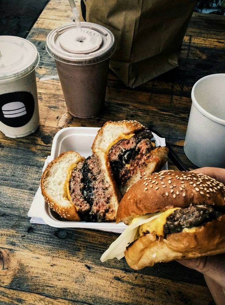 The Best Burgers On The Menu In London #refinery29  http://www.refinery29.uk/london-best-burger-restaurant