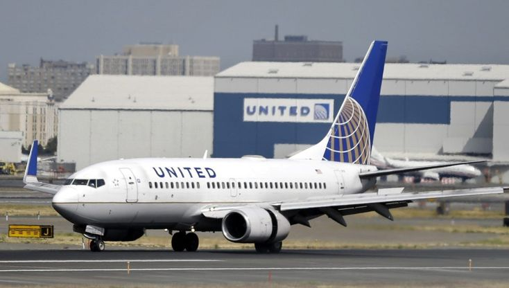 United Airlines ticket mix-up causes woman to miss flight to visit dying mom in Minnesota