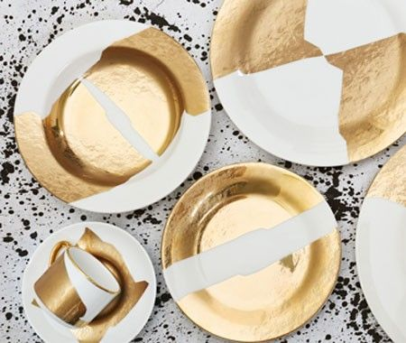Kelly Wearstler Debuts Two New China Patterns - http://www.weddideas.com/other-ideas/kelly-wearstler-debuts-two-new-china-patterns.html