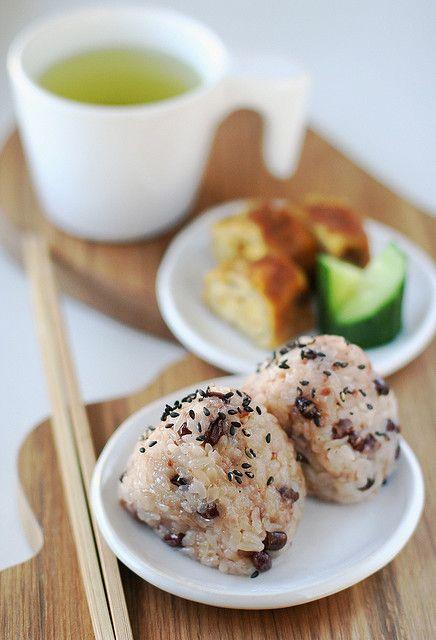 Japanese Rice Balls with Azuki Beans 赤飯おにぎり