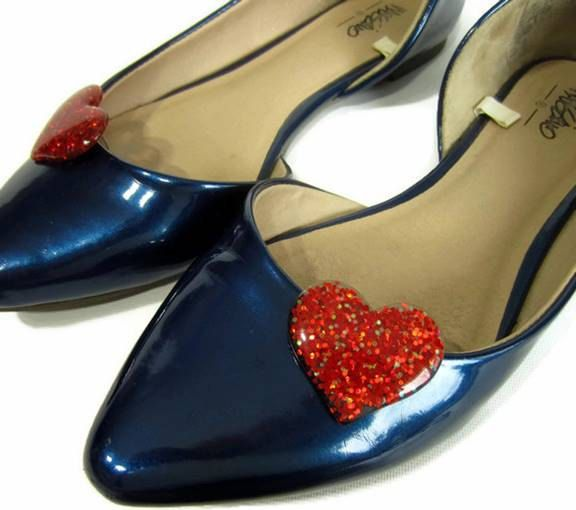 Red Heart Shoe Clips, Red Glitter Hearts, I Heart Shoes, Love Shoe Clips, Heart Shoe Buttons, Red Shoe Accessories by ShoesNChampagne on Etsy