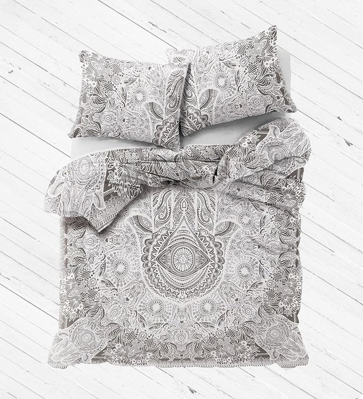 Good Luck Hamsa Hand Duvet Cover Set with 2 Pillows - Karishma